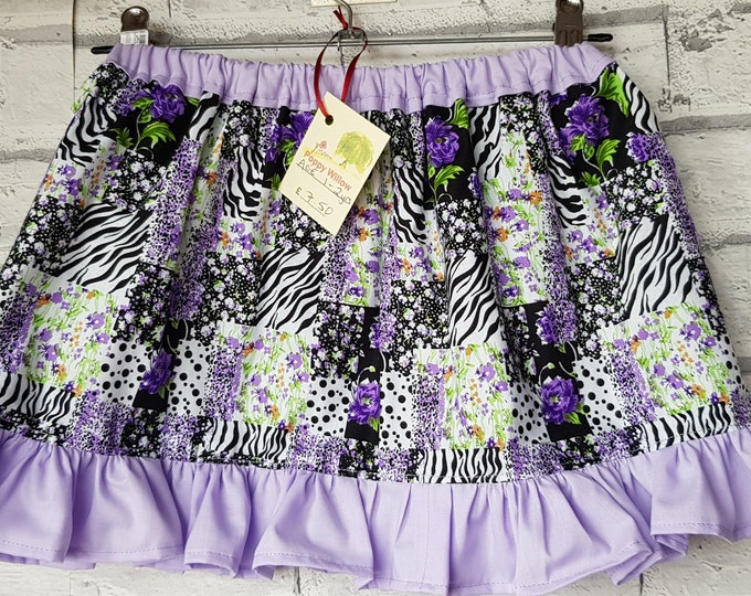 Girl's cotton skirt with elastic waist to fit age 1-2 years.