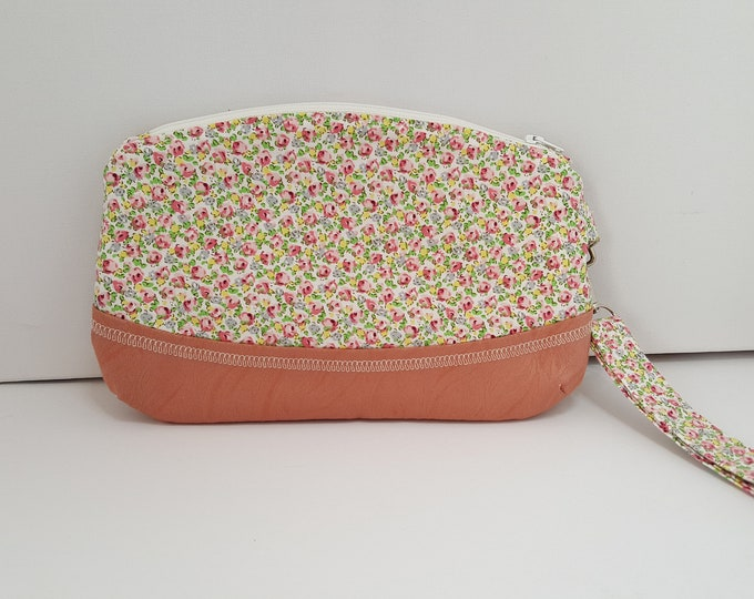 Clutch bag, wristlet bag, purselet, minibag, cosmetic bag, wriststrap bag, wrist bag, summer clutch, zipped wrist bag,