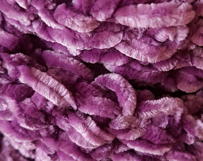 Chunky, soft scarf in deep purple, crochet scarf, handmade scarf, warm and cosy scarf, funky scarf, thick scarf, luxurious scarf, neckwarmer