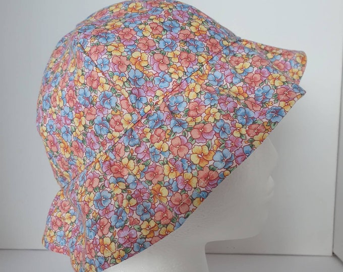 Sunhat for 2-4 year old, pretty floral sunhat, comfortable sunhat, hat for little girl, sunhat for child,  holiday hat, handmade sunhat