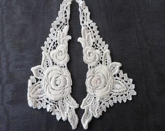 Rose collar (pair), Ivory Applique Venise Lace 6049