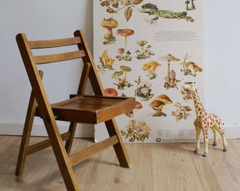Cute vintage folding chair. Wooden Retro highchair/kids Chair