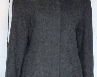 Jason Kole short winter coat size medium, full hood. vtg