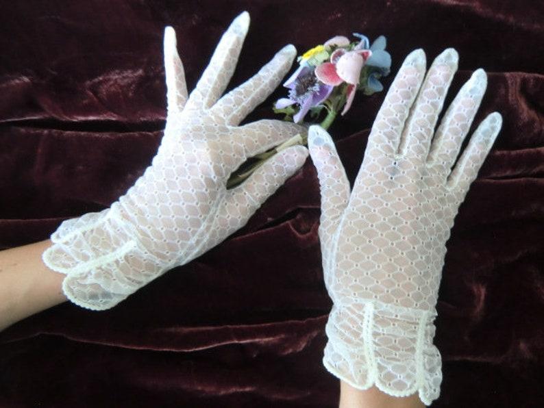 Vintage women/'s gloves 30s 40s 50s perlon semitransparent boudoir bohemian shabby