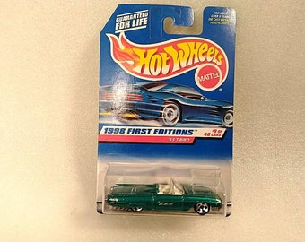 Vintage Hot Wheels Car 1998 First Editions #9 of 40 '63 T-Bird
