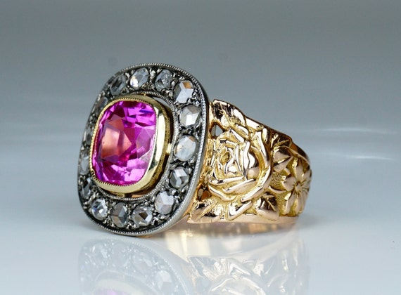 Antique Victorian Diamond 18 Carat Gold Sapphire R