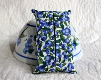 Blueberry fabric pocket tissue holder ~ Tissue holder ~ Gift for her ~ Travel tissue holder ~ Pocket tissue cover ~ Fabric tissue holder