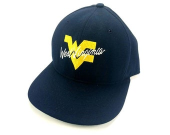 big sale 30af3 6d001 West Virginia Mountaineers Adjustable Snapback Baseball Cap Hat Vintage 90s  AJD Made In USA NCAA College Sports March Madness