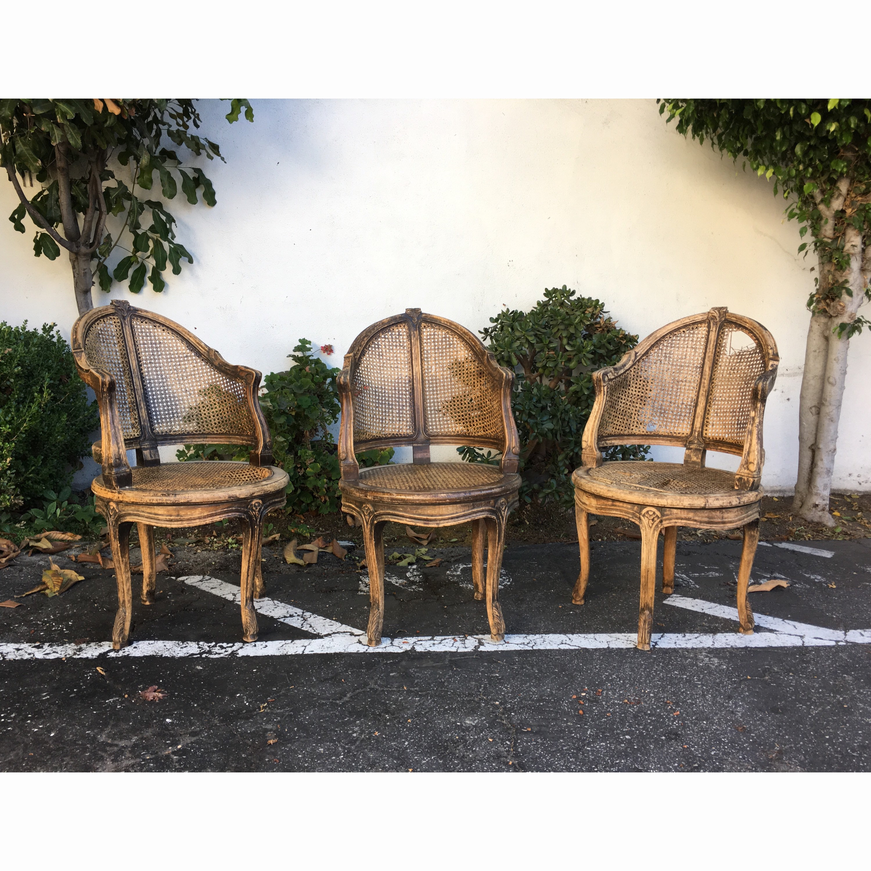 Strange 3 French Country Louis Xv Style Swivel Vanity Chair Cane Back Boudoir Seat Walnut Floral Engraved Set Of 3 Antique Chairs Spiritservingveterans Wood Chair Design Ideas Spiritservingveteransorg
