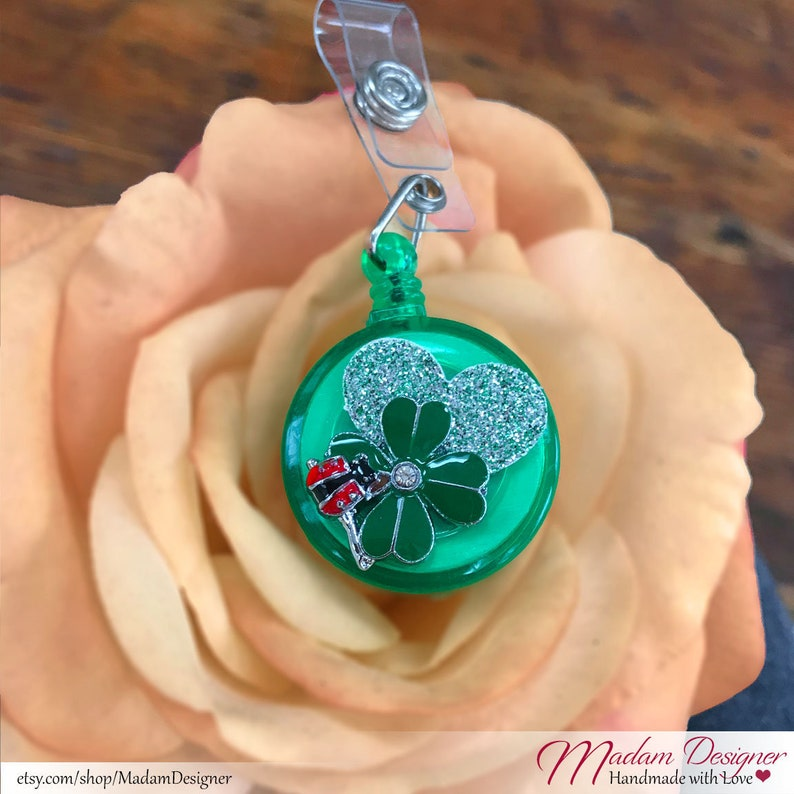 Embellished Badge Holder Clip Retractable ID Clip ID Badge Reel Work ID Name Tag St Patrick/'s Day Gifts Green Lucky Beetle 4 Leaf Clover