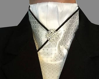 Pre-tied Stock Tie with Black Piping