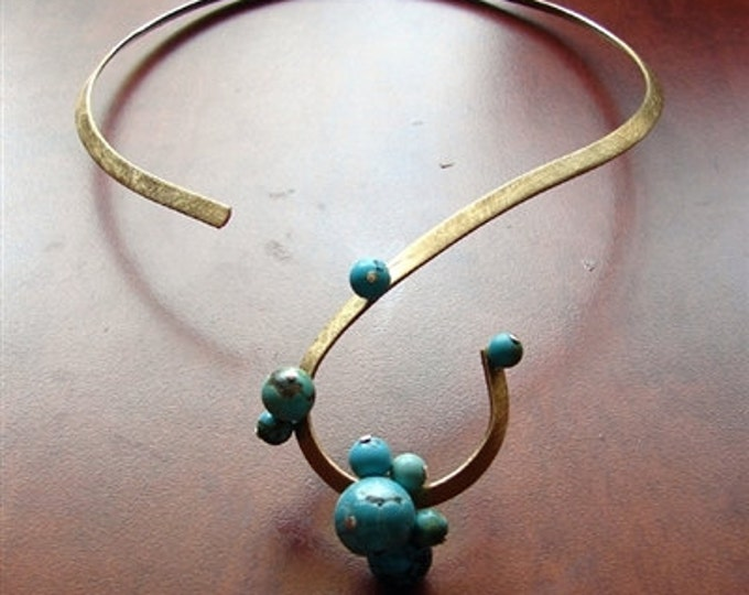 Turquoise Berry Neck Ring