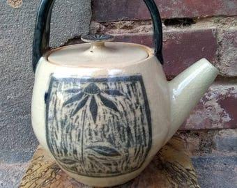 Black Eyed Susan Teapot