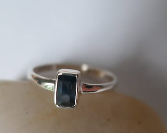 Genuine blue sapphire ring set in 92.5 sterling silver,0.33 carats, shipping included