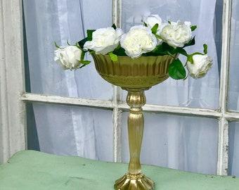Wedding Centerpiece Centrepiece Pedestal Vase Gold Vases Bronze Vases Metallic Vase Gold Goblet Distressed Vase Gold Mercury Glass