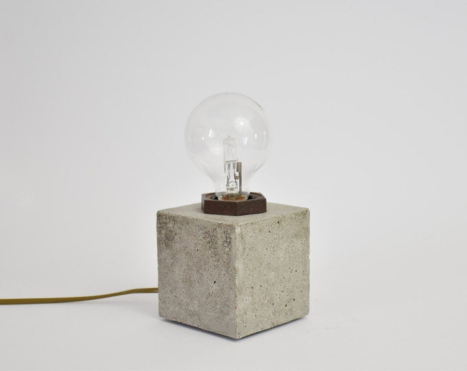 NUDE | Concrete Table Lamp