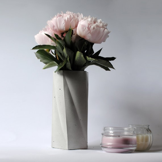 MUSA | Concrete Flowers Vase