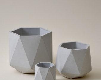 HORTUM SET   Set of 3 Concrete Planters - Plant Pots