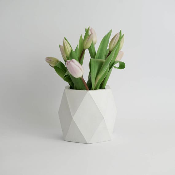 ORE IN WHITE | Geometric Concrete Vase - Planter - Pot - Utensil Holder