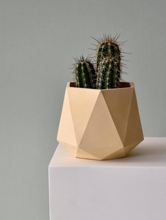 1 inch Diameter 3.5cm Plant Pot Set of 4 Concrete Planters HORTUM MINI SET