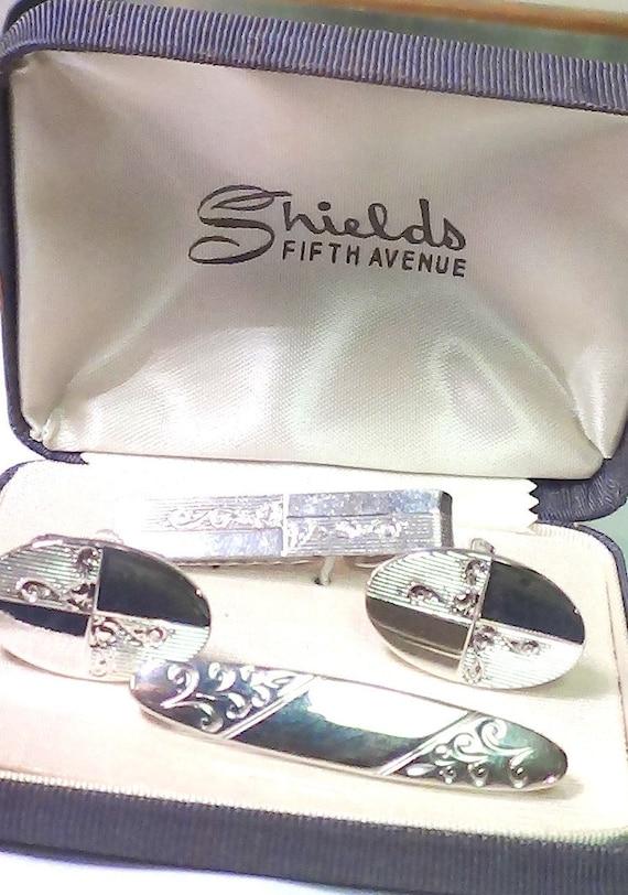 Oil Derrick Mens Silvertone Cufflinks Vintage by Shields Fifth Avenue