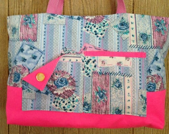 pretty blue and pink bag, 4 pockets inside and 2 outside