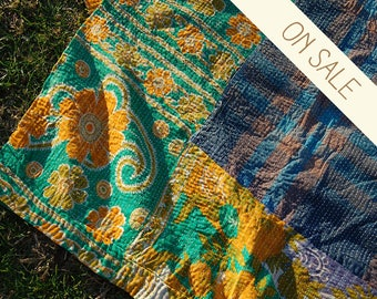 OMAR - Queen KANTHA quilt BEDSPREAD bedding throw / floral plaid Indian bed cover coverlet / bohemian picnic blanket