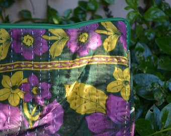 """Kantha LAPTOP SLEEVE SET / Macbook Air 13"""" & iPad Kindle or charger case / notebook computer soft cover / handmade fairtrade / green purple"""