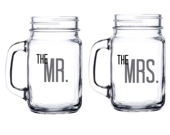 Personalized Bride and Groom Mason Jar Set - Mr and Mrs glasses with date - 16 Oz Mason Jar - The Mr and The Mrs