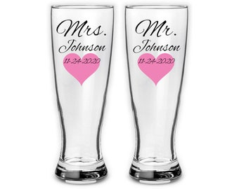Pair of Personalized Mr and Mrs Pilsner glasses with heart - Wedding couple gifts - bridal - personalized last name and date, 23 oz pilsner