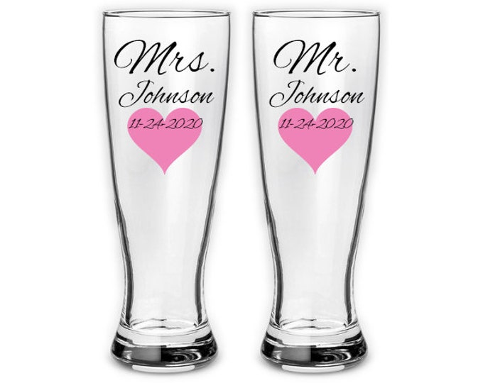 Pair of Personalized Mr and Mrs Pilsner glasses with heart - Wedding couple gifts - bridal - personalized last name and date - FREE SHIPPING