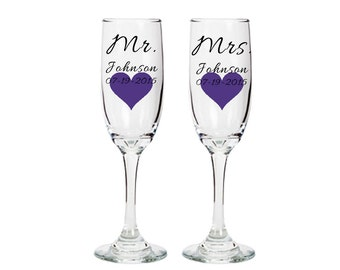 Pair of Mr and Mrs Toasting Champagne Flutes - Complete with Names, Dates, and Heart - Personalized to Match The Occasion - Bride and Groom