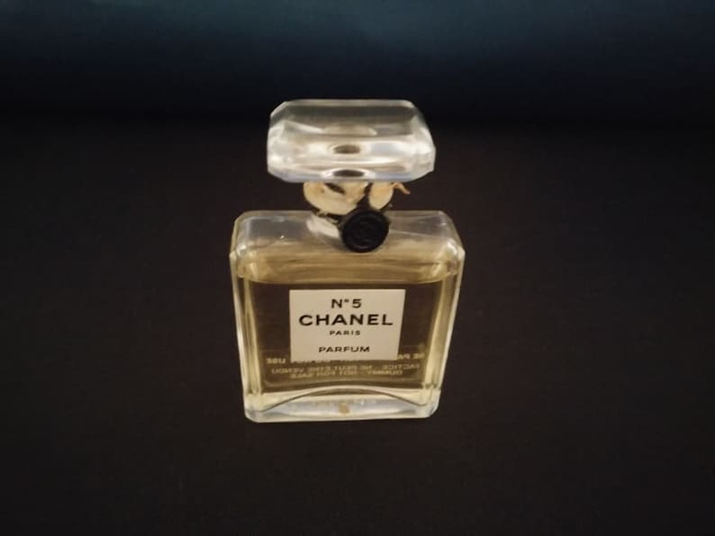 14a9b63b1ef551 Vintage Chanel No.5 Collectable Glass Bottle Miniature | Etsy