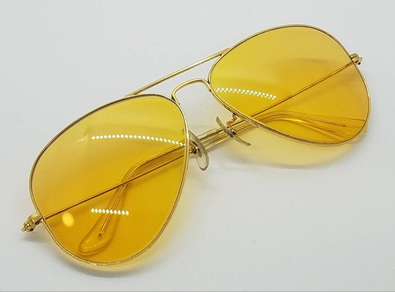 Mint Condition vintage Ray-Ban shooter yellow glas