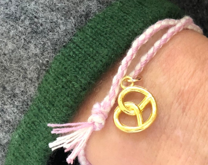 Macramee bracelet pink white with Brezn pendant
