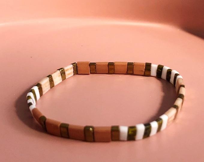 "Bracelet ""TILA"" nude made of colorful glass beads"