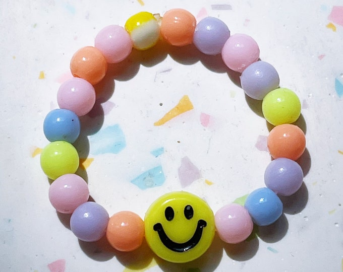 Little Smiley Ring by April & Cloud