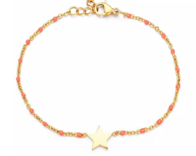 Delicate bracelet with star on filigree rosary necklace