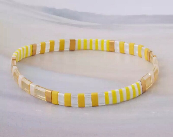 """Bracelet """"TILA"""" yellow made of colorful glass beads"""