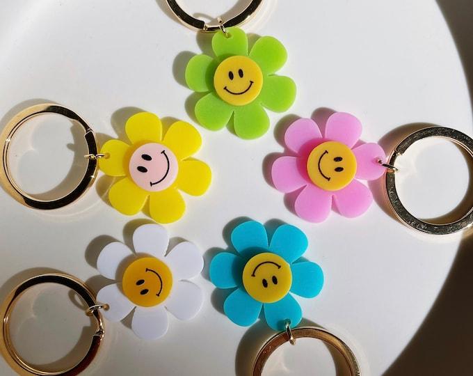 Smiling Daisy Keycharm