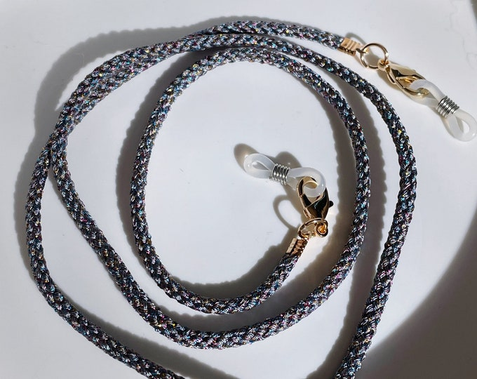 Mask necklace eyeglass chain gray glitter