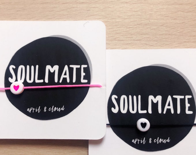 """Set of 2 wish bracelets """"Soulmate"""" with heart in neon pink"""