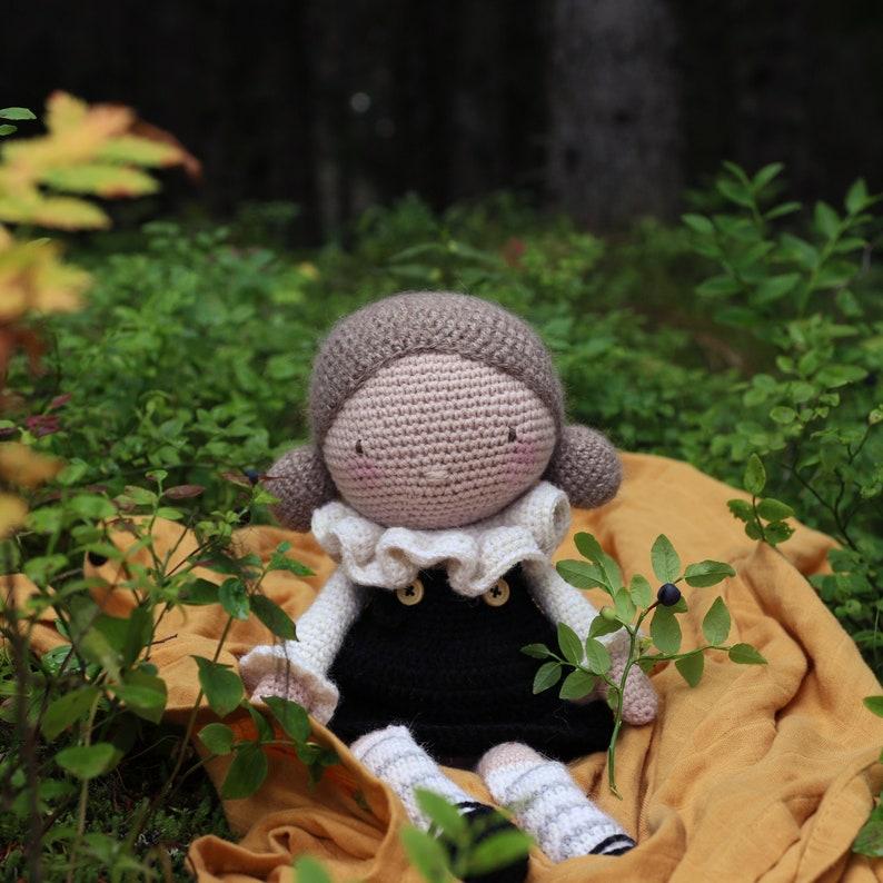 Crochet Pattern: Else the Doll image 0