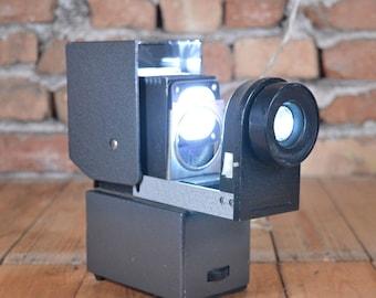 Slide projector - Working slide projector - Vintage slide projector - 220 volts slide projector - Optical slide projector - Slide show