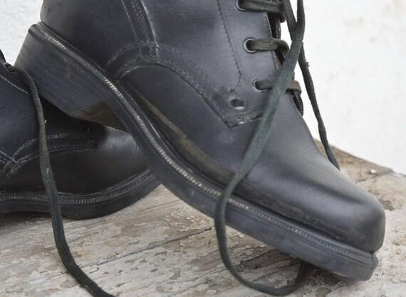 arm Combattre les bottes arm militaires les les bottes bottes Combattre Combattre militaires militaires AqBxd