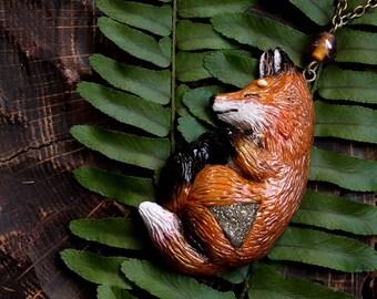 Red Fox Necklace, Fantasy Fox Charm, Polymer Clay Fox, Forest Fox, Fox Pendant, Gemstone Fox Jewellery, Autumn Fox Charm, Fox Totem Charm