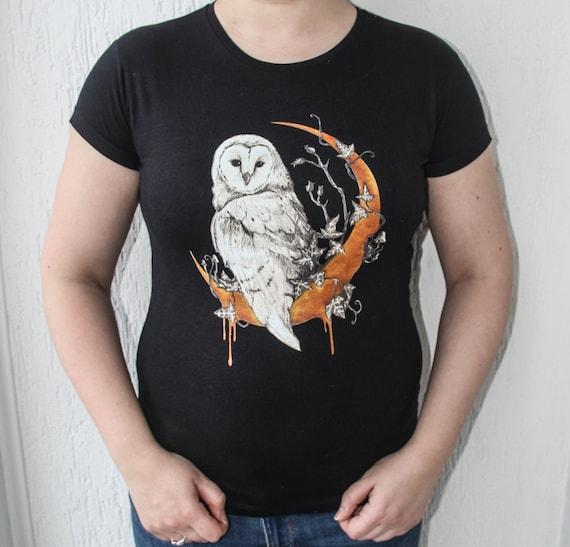 Barn Owl Ladies T-shirt, Owl Clothes, Witch Owl T-shirt, Golden Moon Series T-shirt