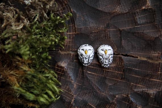 Snowy Owl Stud Earrings, Polar Owl Earrings, Cute Arctic Owl Stud Earrings, Tiny Owl Earrings, Bird Earrings, White Owl Jewelry