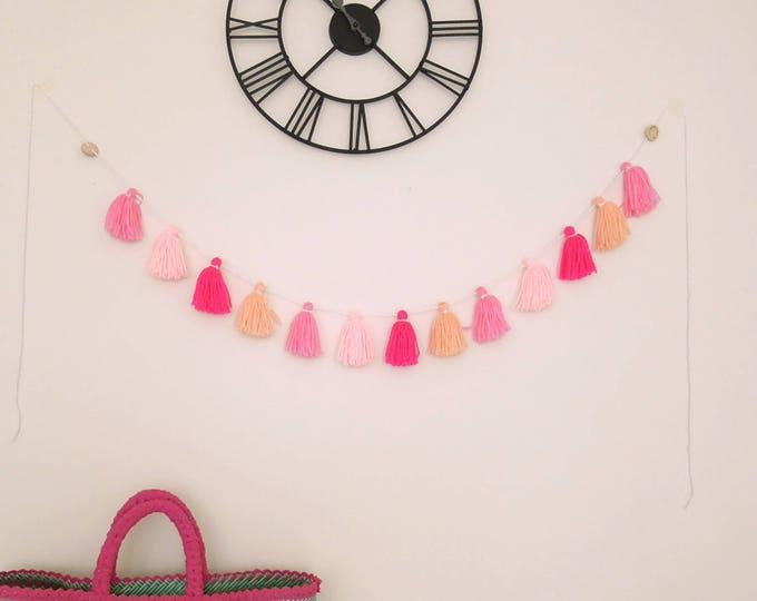 Pink yarn tassel garland, Baby girl nursery tassel decor - Baby shower pink bunting - Pink tassel wall hanging - Pink garland