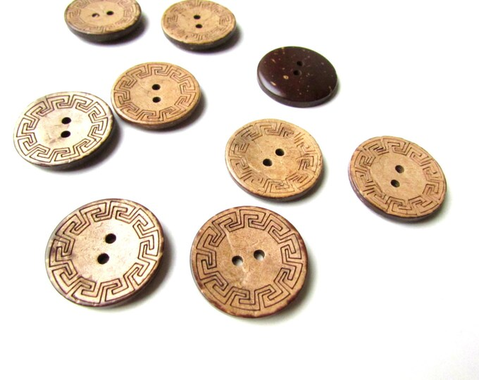 "10 Coconut sewing buttons, Natural wood buttons 25mm  1"", Bohemian tribal buttons, Tropical boho buttons, Brown buttons 1 inch, Knitting"